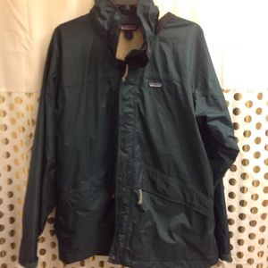 patagonia rain jacket Waterproof windbreaker  XL